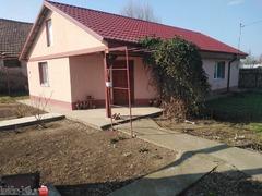 Vând Casa sat Lacu Sarat
