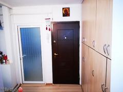 Particular vand apartament 2 camere cf I,decomandat, etaj 4din4