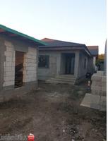 Vând casa noua
