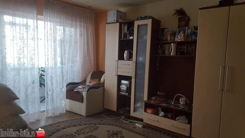 Vand apartament cartier vidin 56000 euro etajul 4