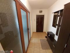 Ap. 2 camere la cheie,cf 1,zona Calarasilor-Viziru,et.3